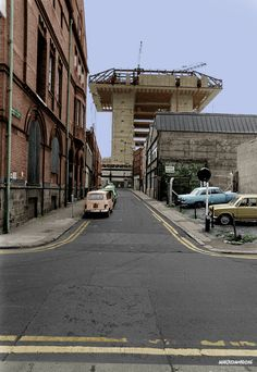 Colourising History - Crown All - marcredmond Ireland Pictures, Images Of Ireland, Old Pictures, Old Photos, Iconic Photos, Dublin Street, Dublin City, Dublin Ireland, Ireland Travel