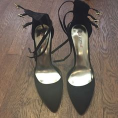 Pointed toe black suede pumps Classic chic black pump. Never goes out of style. Only worn once. Comes with original box. JustFab Shoes Heels