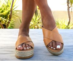 Comfort meets style in our APHRODITE espadrille sandals. Wide crossover straps give you stability, while the earthy braided jute platform completes the casual look. The anti-skid rubber outsole provides traction for your every step. These leather sliders will prove to be the ideal companion for that weekend getaway! Platform height: 4 cm Designed and handcrafted in Greece from the finest genuine leather using traditional methods. We embrace the appeal of clean, minimalist designs inspired…