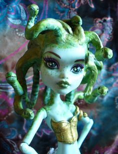 Custom OOAK Monster High Medusa by redmermaidwerewolf, via Flickr