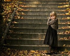25 Beautiful, Moody, & Dramatic Portraits by Magdalena Berny October Country, Sweet November, Web Design, Magdalena, Girl Falling, Children Photography, Photography Ideas, People Photography, Autumn Leaves