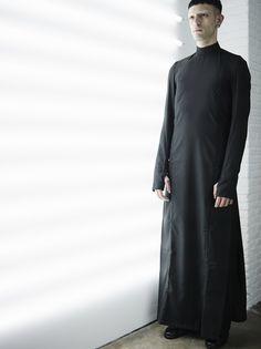 DRESS  BLACK  100%GABARDINE