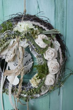 Newest Images christmas reths Strategies 'Tis that holiday once more! That The holiday season, most people wish to be more than just your ticketing partner. Diy Wreath, Grapevine Wreath, Christmas Advent Wreath, Holiday Break, Garden Studio, Summer Wreath, Topiary, Dried Flowers, Flower Decorations