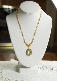 Beautiful Green Glass Victorian Edwardian Style Necklace Pendant