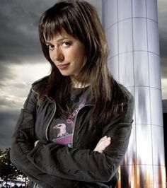 Gwen Cooper/Eve Myles Thunk and Appreciation Thread Doctor Who, Eve Myles, Tardis Dr Who, Sci Fi Shows, London Films, John Barrowman, Hair Color And Cut, Torchwood, Beautiful Celebrities