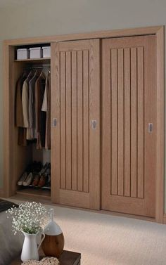 54 trendy Ideas for bedroom wardrobe doors hallways Oak Doors, One Bedroom Apartment, Closet Bedroom, Apartment Bedroom Decor, Sliding Closet Doors, Wood Doors Interior, Sliding Wardrobe Doors, Hallway Cupboards, Sliding Door Wardrobe Designs
