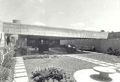 Residência José Roberto Filippelli, projetada por Ruy Ohtake em colaboração com Crista Lucas, em 1970, situada na Rua Marechal-do-ar Antonio Appel Neto nº 35, Morumbi