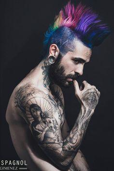Rainbow #mohawk #eyecandy #tattoos