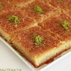 A great taste that you can& get enough to eat. Turkish Recipes, Ethnic Recipes, Good Food, Yummy Food, Fun Food, Köstliche Desserts, Middle Eastern Recipes, Recipe Images, Pavlova