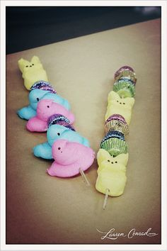 Peep Kebobs :-) #Easter #Spring #Treats