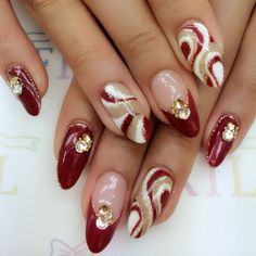 Christmas Nail Designs - My Cool Nail Designs Frensh Nails, Xmas Nails, Holiday Nails, Red Nails, Christmas Nails, Fancy Nails, Cute Nails, Pretty Nails, Elegant Nails