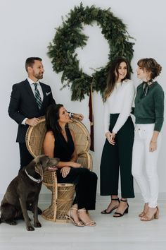The Morgan Family. Family Christmas Outfits, Christmas Pictures Outfits, Family Christmas Pictures, Holiday Mini Session, Christmas Mini Sessions, Christmas Minis, Family Portrait Outfits, Family Picture Outfits, New Year Photoshoot