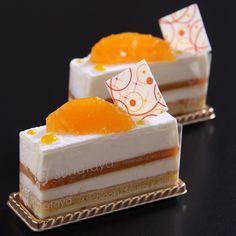 魅惑のチーズケーキフェア「アルモニー」 French Desserts, Asian Desserts, Cute Cakes, Yummy Cakes, Patisserie Design, Cakes For Sale, Crazy Cookies, Individual Cakes, Beautiful Desserts