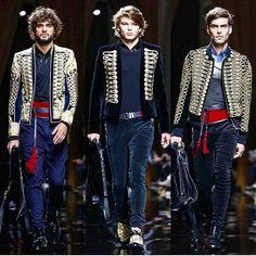 #PFW  #balmain #BalmainArmy #balmainparis #olivierrousteing #pariscollections #parisfashion #fashionweek #parisfashioneeek #fall2016 #fw16 #paris #france #fashion #menswear #fashionphotography #photography #malemodels #malestyle  #malefashion #runway #runwaylooks #2016 #ia #instalike #instabeauty #instafashion #fashionblog #fashionable #fashionblogger #menswear