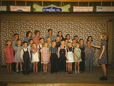 Rare color photos: Kids in the 1940s  Oct. 1940  School children singing, Pie Town, New Mexico.
