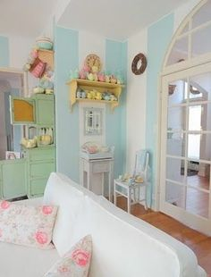 This room would be the perfect place for my princess to have her tea parties in