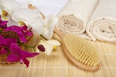 What are the health benefits of DRY BODY BRUSHING? Find out! http://ospa.me/1gE3Nsy  #drybrush #exfoliate