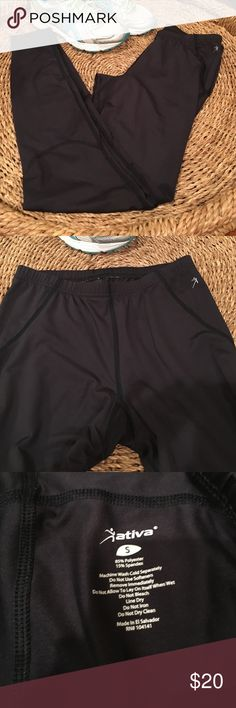 SALE Ativa athletic pants Worn a few times. They have some spandex in them, so they are stretchy. Great for any workout. Ativa Pants Leggings