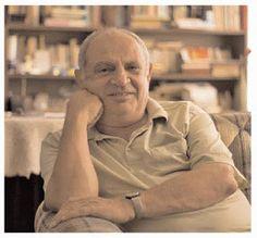 """PEN Türkiye Merkezi 2015 PEN Şiir Ödülü'ne şair, yazar ve düşünür Prof. Dr. Afşar Timuçin'i layık görüldüğünü açıkladı. Pen Türkiye Merkezi tarafından yapılan yazılı açıklamada 21 Martta gerçekleşecek Dünya Şiir günleri çerçevesinde 2015 PEN Şiir ödülüne bir şükran ifadesi olarak Afşar Timuçin'e sunulduğu belirtilirken, """" Prof. Dr. Afşar Timuçin şiir, öykü, roman ve felsefe alanlarındaki eserleri ile seçkin bir düşünür, şair ve yazarımızdır. Felsefe, bilim, edebiyat ve demokrasi ..."""