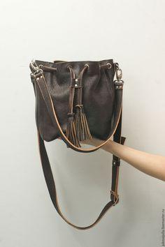 Jukova Julia bags Купить Небольшая торба сумка из натуральной кожи на ремне коричневая №280217 - коричневый, сумка