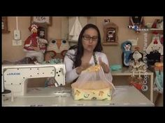 Andressa Monteiro shared a video Drawstring Bag Pattern, Diy Clutch, Fabric Bags, Diy Embroidery, Clay Crafts, Small Gifts, Sewing Projects, Creations, Craft Ideas