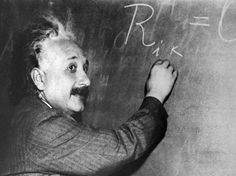 Thousands of the papers of Albert Einstein are now available online.