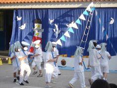 """Νηπιαγωγός σε απόγνωση!: Καλοκαιρινή Γιορτή """"Θαλασσινές Ιστορίες"""" Teaching, School, Outdoor Decor, Theater, Celebrations, Blog, Kids, Young Children, Boys"""