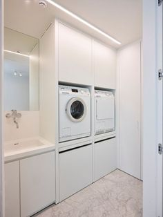 E-mail - nicky huybrechts - Outlook Modern Laundry Rooms, Laundry In Bathroom, Interior Design Living Room, Living Room Designs, Küchen Design, House Design, Laundry Room Inspiration, Laundry Room Storage, Paint Colors For Living Room