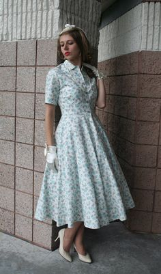 Buy Vera Retro Dress from Recollections. Retro Housewife, 1950s Outfits, Vintage 1950s Dresses, Cotton Dresses, Dress Making, Classic Style, Lady, Skirts, Vintage Ideas