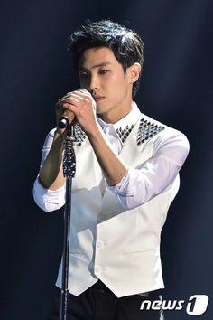LJ Jung So Min, Lee Joon, Asian Actors, Korean Celebrities, Korean Drama, Gorgeous Men, Kdrama, Guys, Musicians