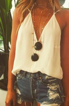 Cute Outfits summer outfits ripped denim short shorts deep v neck Cute Summer Outfits, Spring Outfits, Spring Dresses, Holiday Dresses, Summer Concert Outfits, Summer Vacation Outfits, Vegas Outfits, Summer Holiday Clothes, Beach Outfit 2018