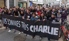 Historique. Plus de 30 000 personnes ont participé samedi à la marche silencieuse organisée dans les rues de Pau.