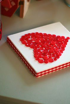 small canvas, red buttons, and gingham ribbon = darling Valentine's Day picture