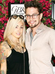 Jackson Rathbone Photos - Actor Jackson Rathbone (R) and Sheila Hafsadi attend the GBK Productions Luxury Lounge honoring the best in TV held at LErmitage on August 2014 in Beverly Hills, California. Bowie, Jackson Rathbone, Twilight Stars, Stars News, Pregnant Celebrities, Star Wars, Hollywood, Funky Fashion, Celebrity Babies