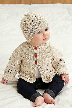 Ravelry: Easy Lace Raglan Jacket & Hat pattern by Nazanin S. Fard Ravelry: Easy Lace Raglan Jacket & Hat pattern by Nazanin S., Lady bird jacket andEasy Lace Raglan Jacket & Hat This knitting pattern / tutorial is available for free. Diamonds Puff Be Cardigan Bebe, Knitted Baby Cardigan, Knit Baby Sweaters, Knitted Baby Clothes, Knitted Hats, Sweater Hat, Lace Cardigan, Baby Knits, Girls Sweaters
