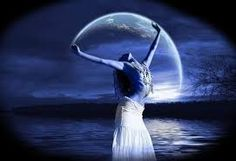 """""""Nymåne inträdde ikväll kl 18.47. Solen och Månen i konjunktion alltså – denna gång i djuplodande Skorpionen. Det anger då den kollektiva tonen för nästa månvarv."""""""