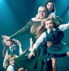 Bertie Carvel & the Matildas: Bailey Ryon, Sophia Gennusa, Milly Shapiro and Oona Laurence