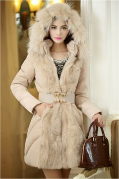 Manteau JADE, Doudoune Femme, Doudoune coton, Veste à capuche avec fourrure  , Manteau 218f97c2558