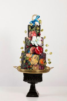 Nadia & Co. Art & Pastry | Golden Age | Botanical Cake Design