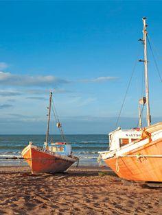 Uruguay. Un lugar que desea visitar con sus ciudades remota playa y bares que operan luz de las velas