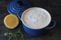 Salsa de yogur (para kebabs, ensaladas o dipear) sin lactosa