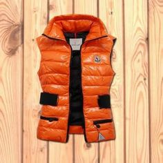 High Quality Moncler Womens Down Jackets BLS16790686