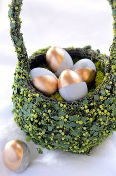 glamorous DIY eggs...and when they're made of cement, you can get them out again every year.