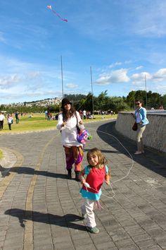 Itchimbia nena y mama cometa kite