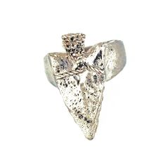 GIVEAWAY for US and Canada residents! As thanks to my Pinterest fans, everyday this week I will be giving away 1 beautiful item found in my sneakpeeq boutique! Today's giveaway is this spearhead ring by Lillian Crowe. TO ENTER: Re-pin this image and by tomorrow morning, May 2nd, I will pick one winner and will announce it in a comment on this pin along with instructions on how the winner can claim their prize. Giveaway ends tonight, May 1st, at midnight!