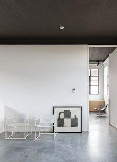 Kove | Nylønfabrik white armchairs fantastic space