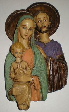 """The Holy Family figureis 9.5"""" high, 5"""" wide. It also has a silver blue label on back: """"R R Roman Italy"""". Marked """"R R Roman Italy"""" Vintage Made in Italy Wall Hangings. Made of a resin type material."""