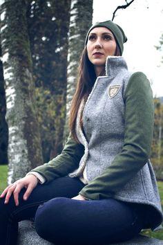 Frauen Jacken, Blazer & Mäntel - Trachten Jacken Mirabell Plummer Blazer, Riding Helmets, Athletic, Hats, Classic, Fashion, Jackets, Cotton, Woman