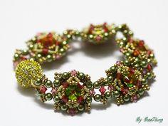 Rose Delight Bracelet by BeeJang - Piratchada, via Flickr