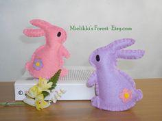 Set di 2 Coniglietti in feltro. Decorazioni di MielikkisForest